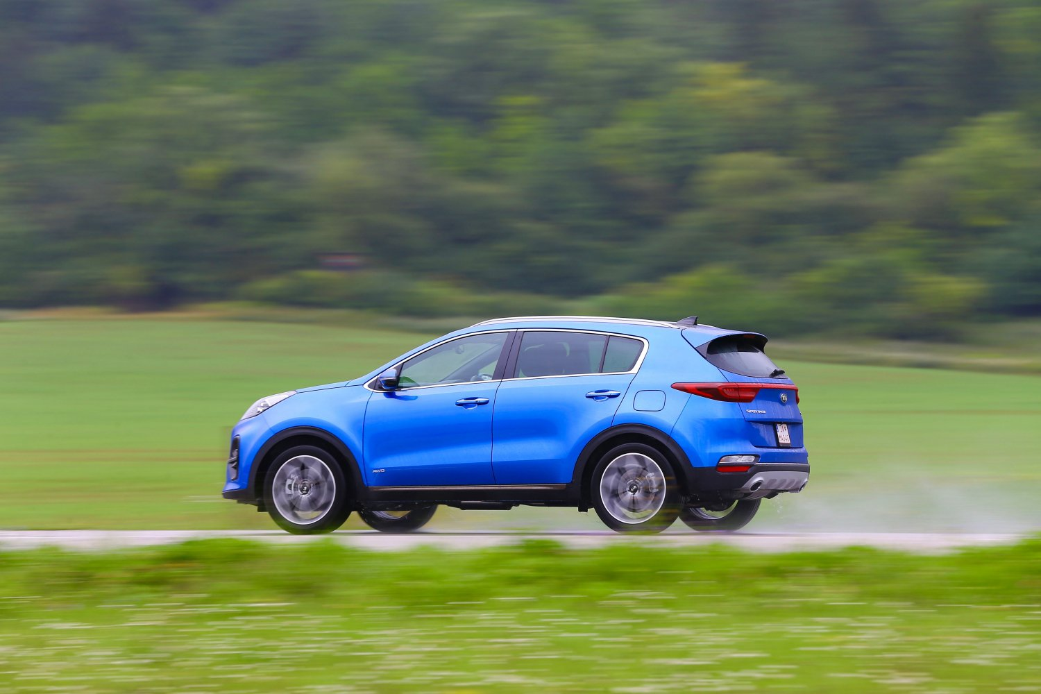 KIA Sportage blue side