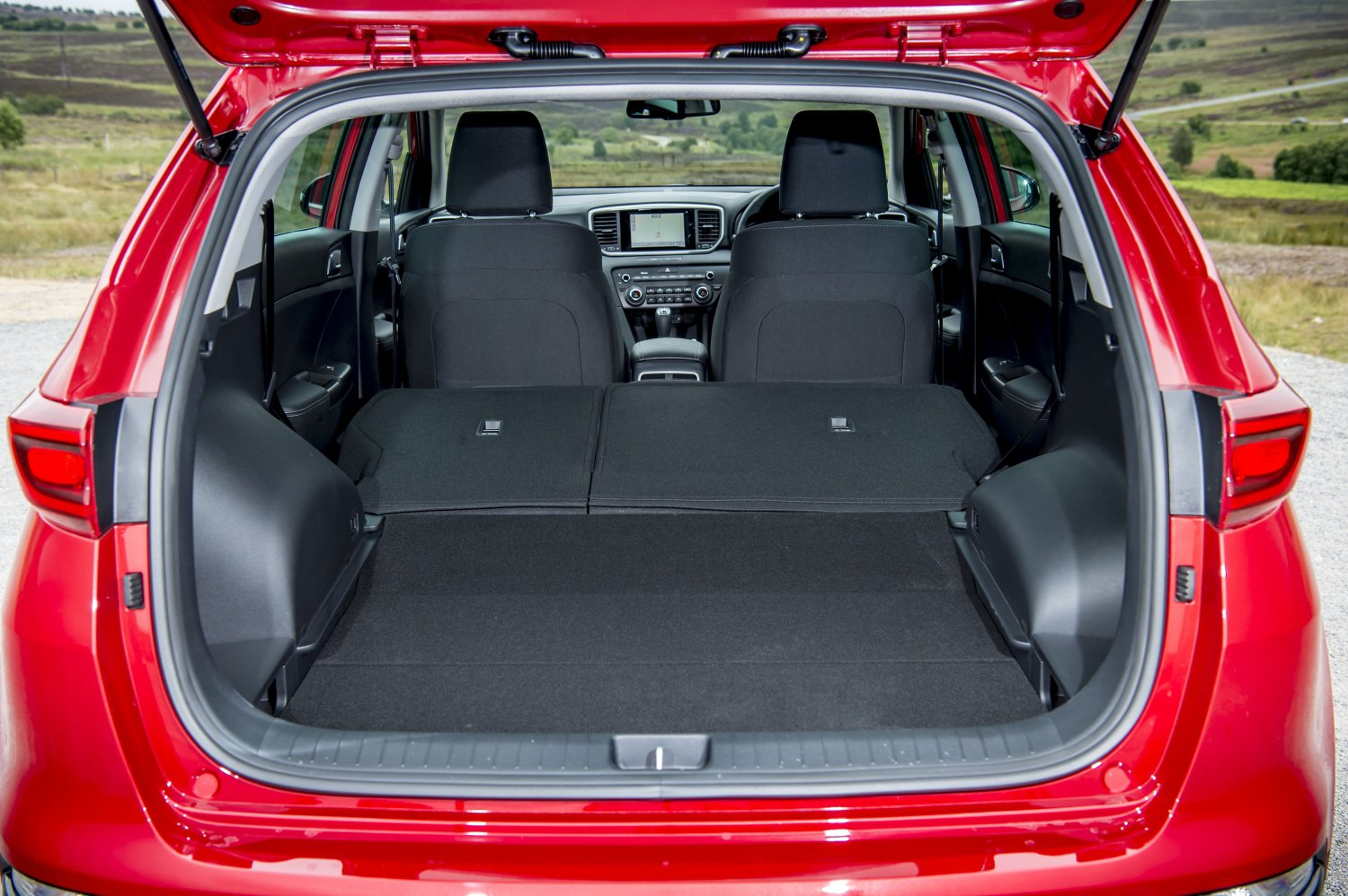 KIA Sportage boot luggage area