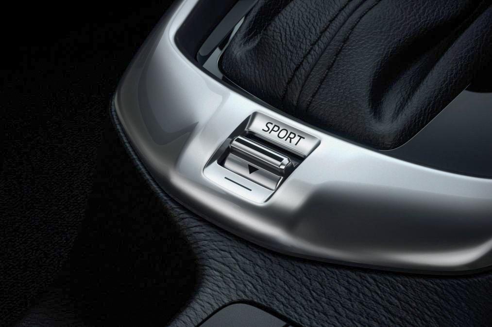 Mazda2 Sport button