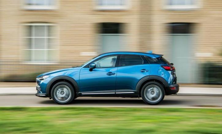 Mazda CX-3 side