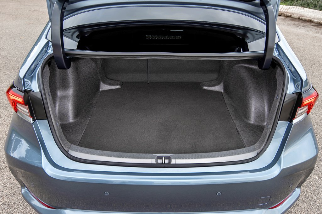 Toyota Corolla Saloon boot space