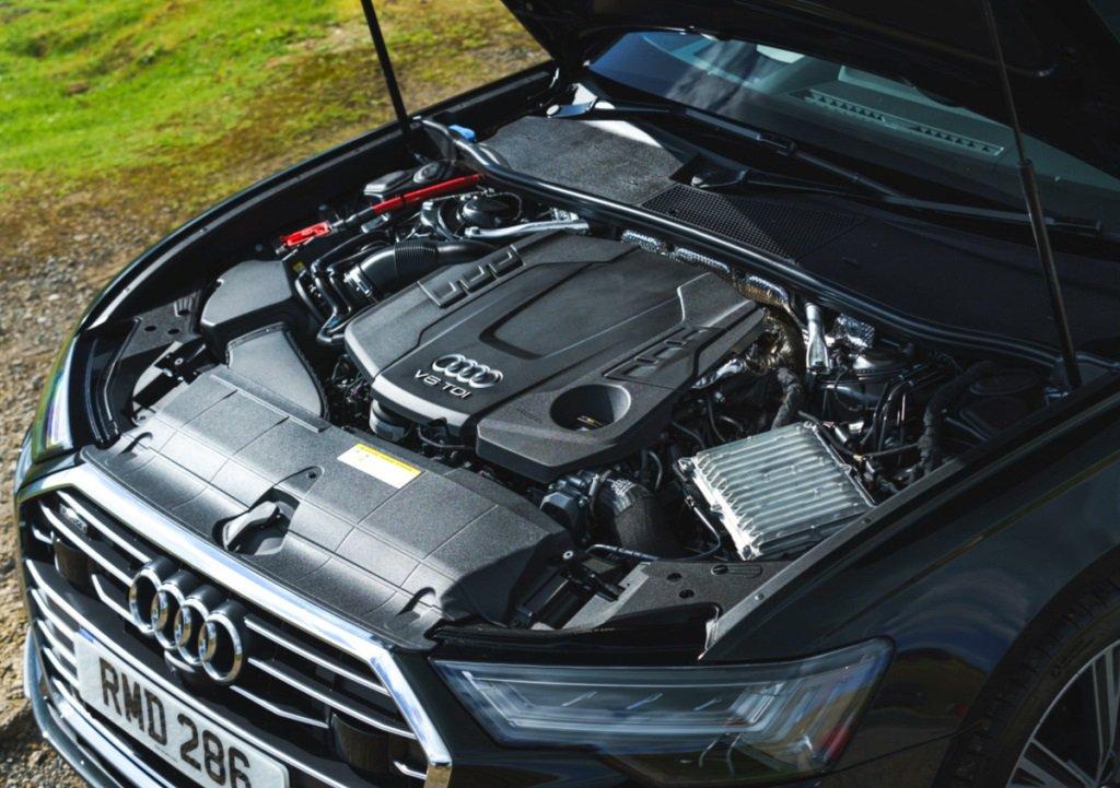 Audi A6 Avant Blue engine