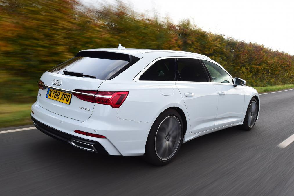 Audi A6 Avant White rear moving