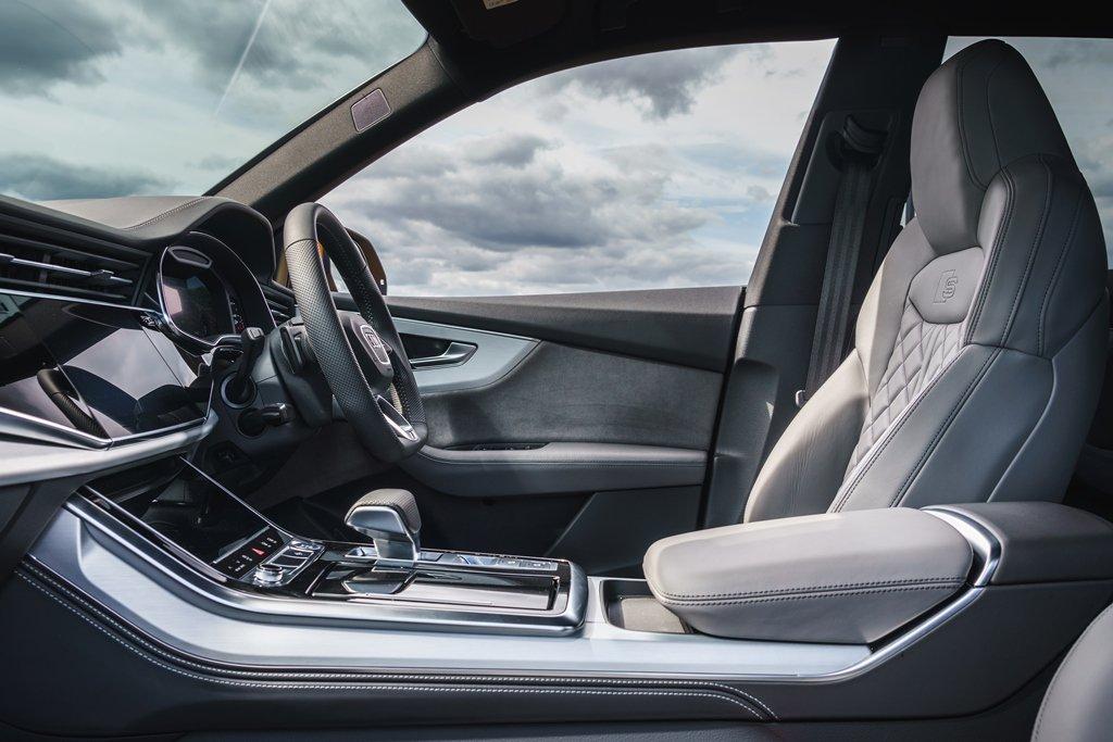 Audi Q8 Moorland seats