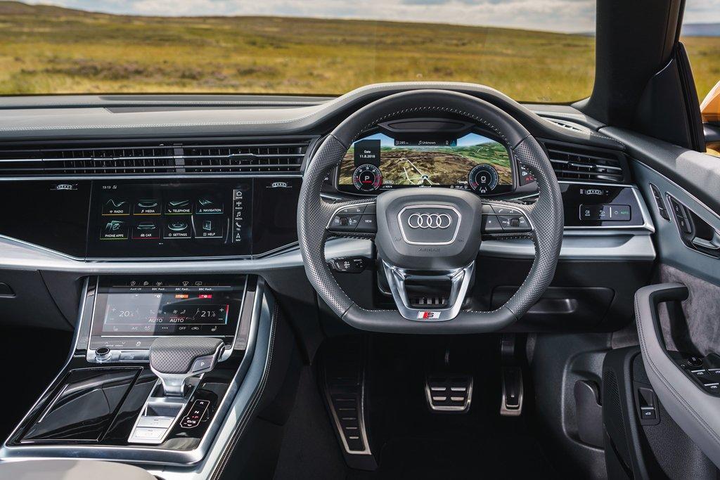 Audi Q8 Moorland cockpit