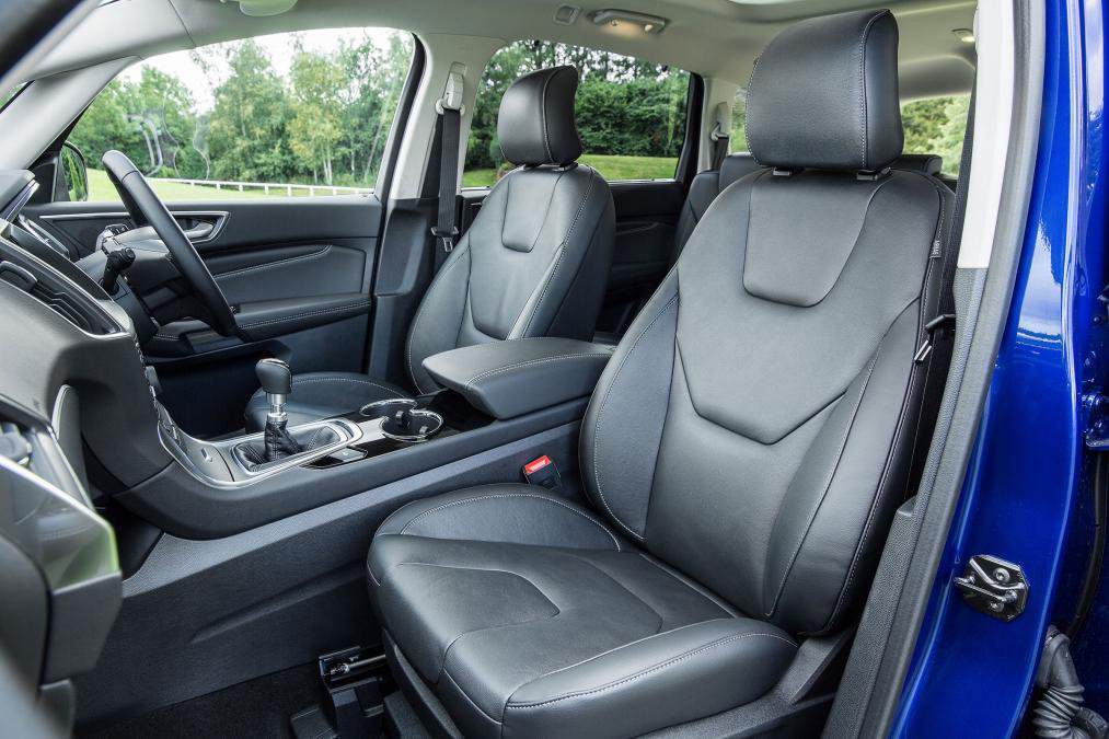 Ford S-MAX front seat