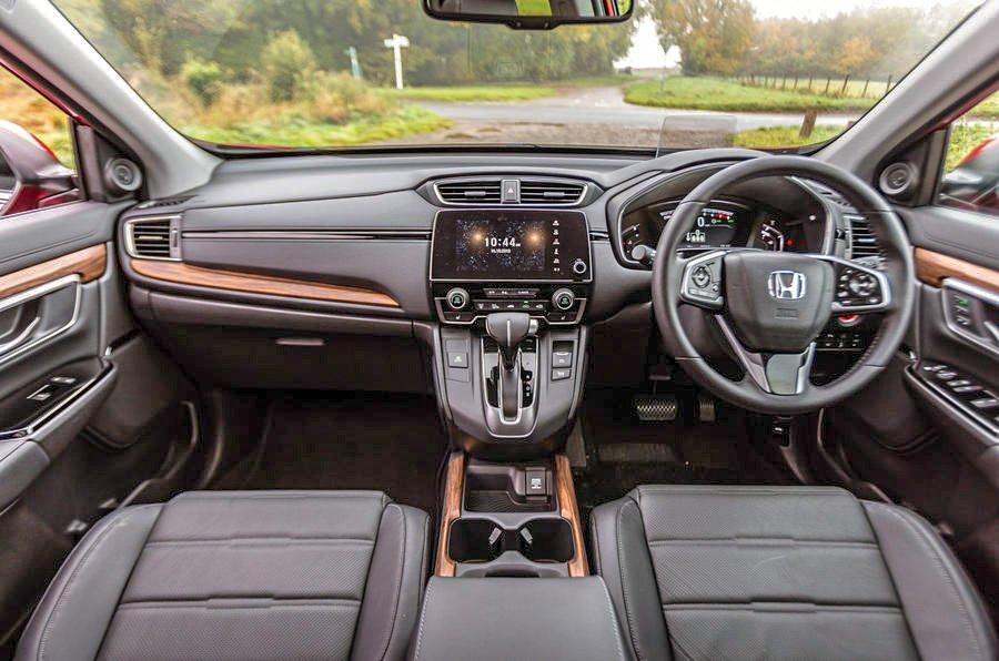 Honda CR-V Dashboard and cabin