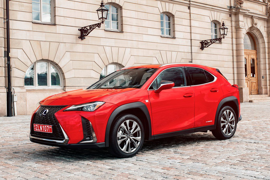 2019 Lexus UX Front and Side