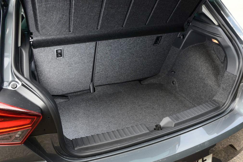 SEAT Ibiza Boot