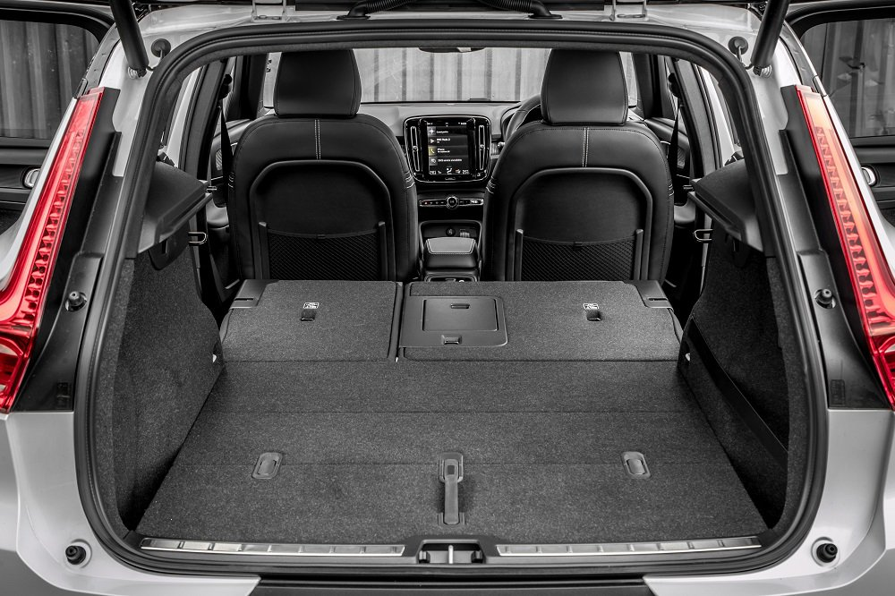 Volvo XC40 boot and luggage space