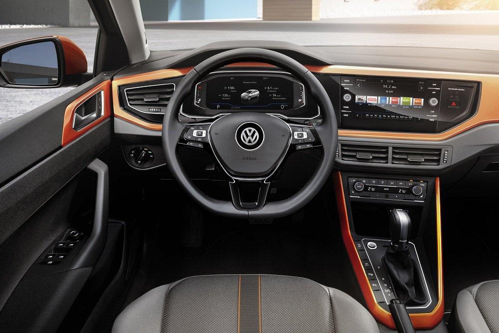 2018 Volkswagen Polo Dash