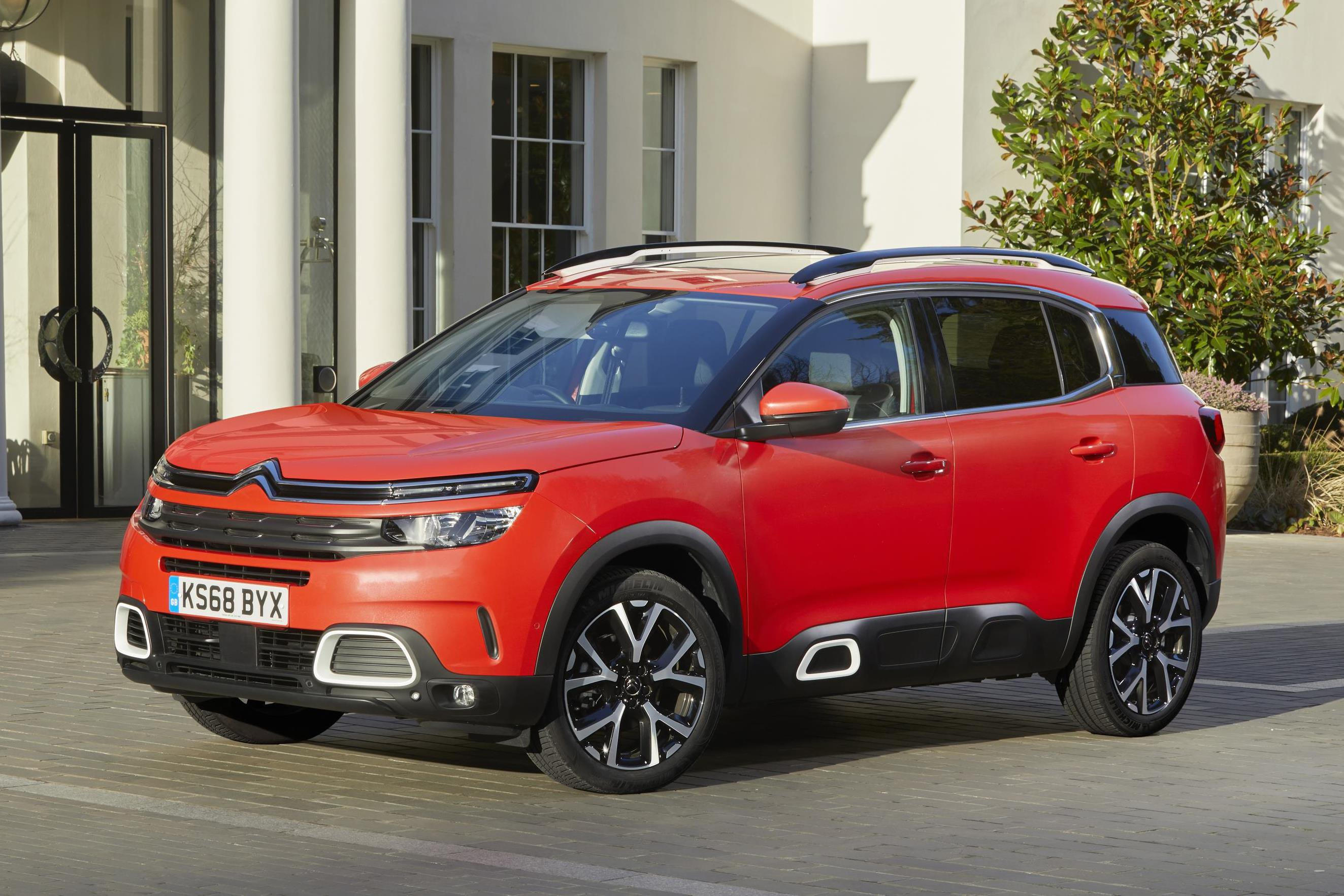 The all-new Citroen C5 Aircross is quite a looker