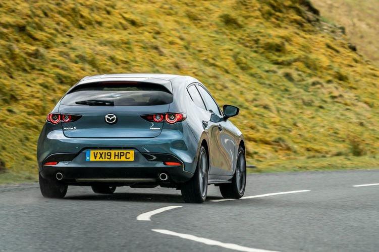 2019 Mazda3 hatchback dynamic