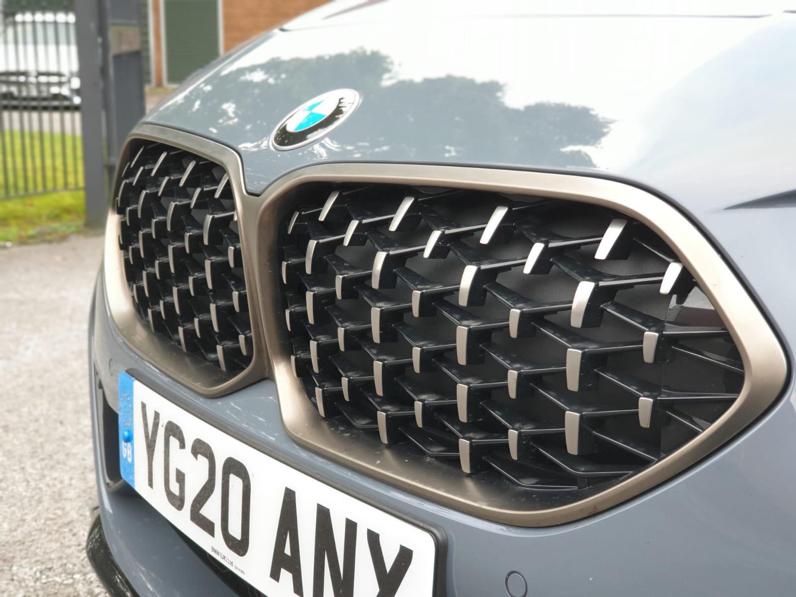 BMW M235i XDrive M Sport grille
