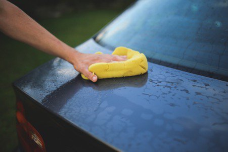 Yellow Sponge Washing Car