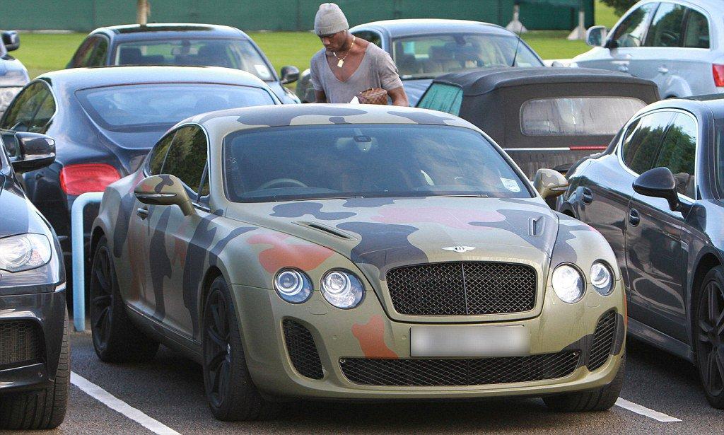 Mario Balotelli Bentley Continental GT