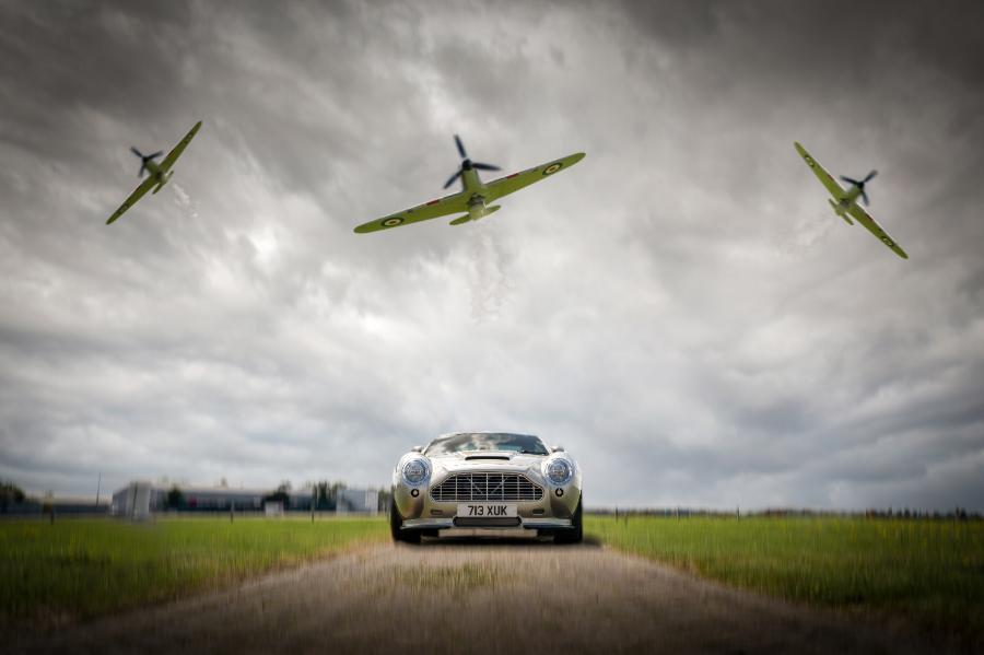 Vantare with planes